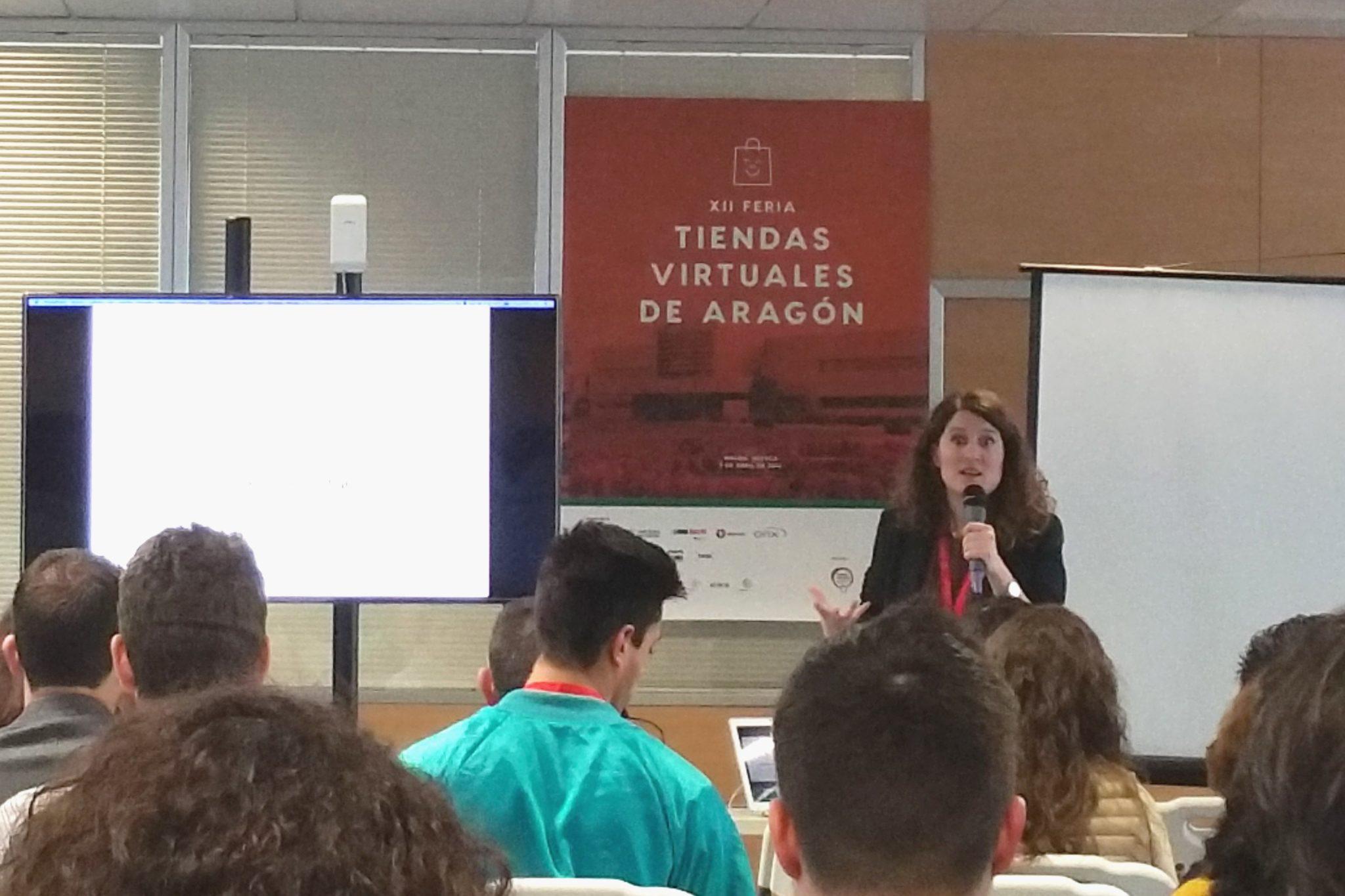 Charla Natalia Sampériz